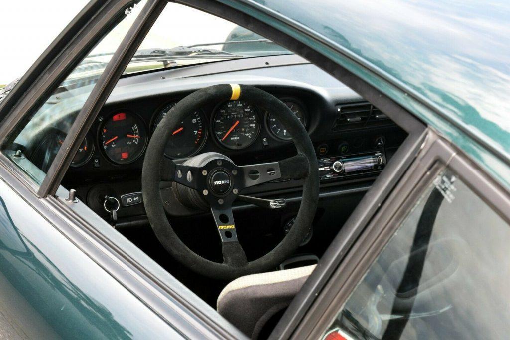 1990 Porsche 911 964 Carrera 4 Turbo